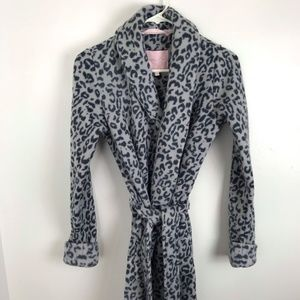 Victoria's Secret Grey & Black Leopard Print Robe